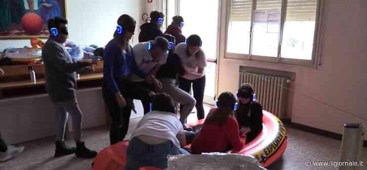 Gommone, finte botte e acqua: gli studenti diventano migranti
