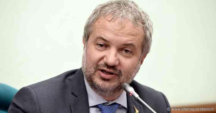 """Borghi (Lega): """"Uscire dall'euro? Nessun argomento può essere un tabù"""". Gualtieri: """"Lui e il suo partito nemici dell'Italia"""""""