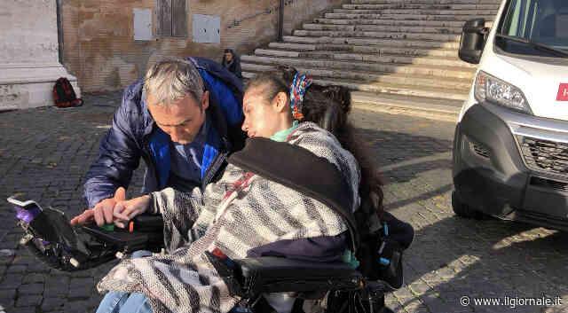 Disabile chiusa in casa per colpa della burocrazia vince la sua battaglia con il Comune di Roma