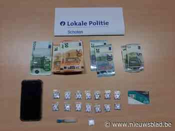 Politie Schoten betrapt dealer met 15 zakjes cocaïne