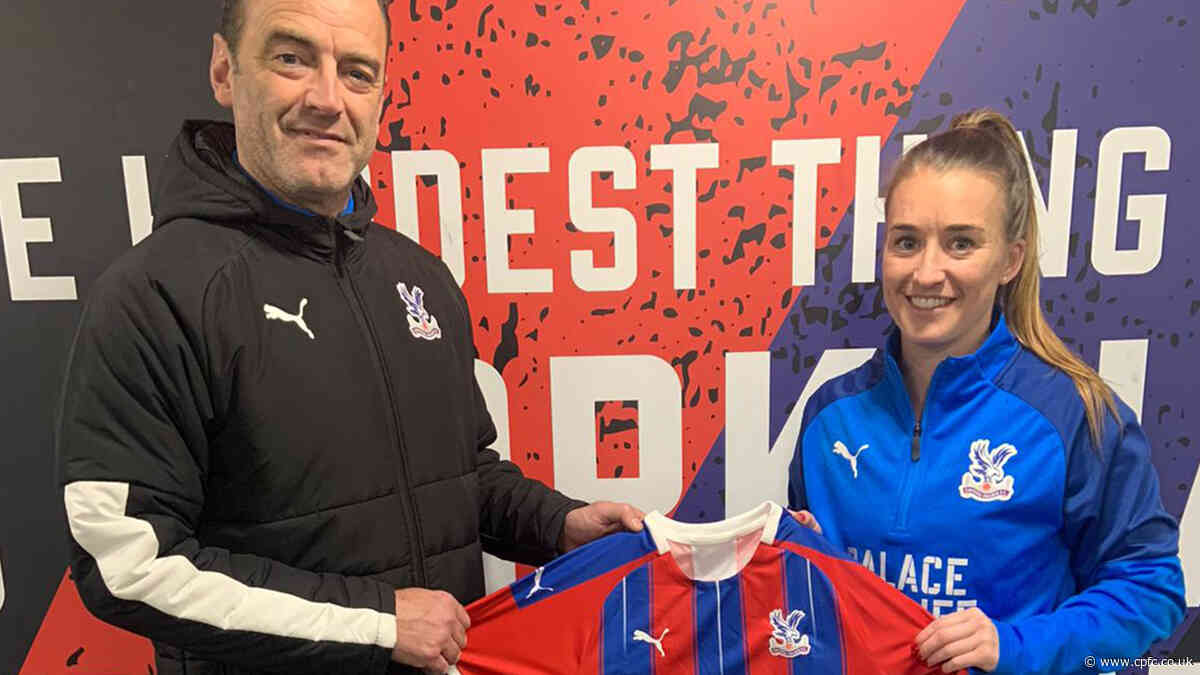 Crystal Palace Women sign free agent Amber Stobbs