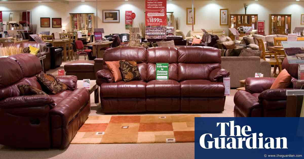 Dunelm bucks ailing homewares sector with expected profits boost