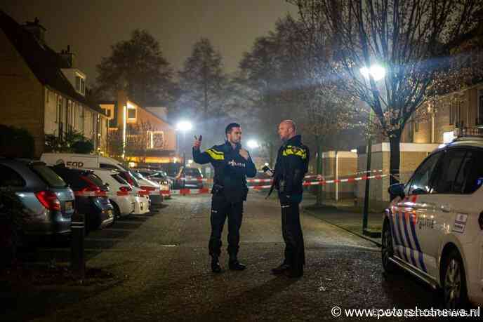 #Breukelen - Politie lost waarschuwingsschoten in woonwijk in Breukelen