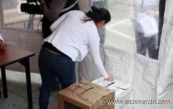 Ecuatorianos en el exterior podrán votar ahora por la vía postal, telemática o informática