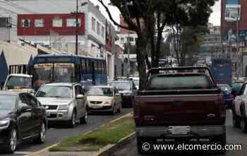 Trabajos de repavimentación dificultan la movilidad en la avenida Coruña, en el norte de Quito