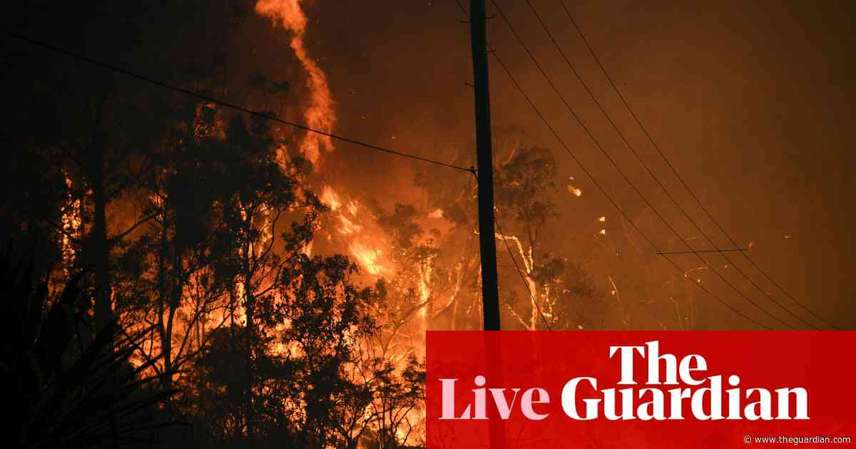 NSW and Qld fires: Sydney ringed by bushfires with two states on alert – live