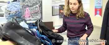 Une élève amasse des sacs pour les jeunes de la DPJ