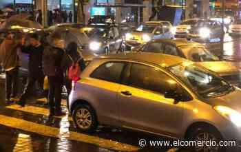 Congestión vehicular en inmediaciones de la Plaza de los Presidentes y La Floresta por conciertos