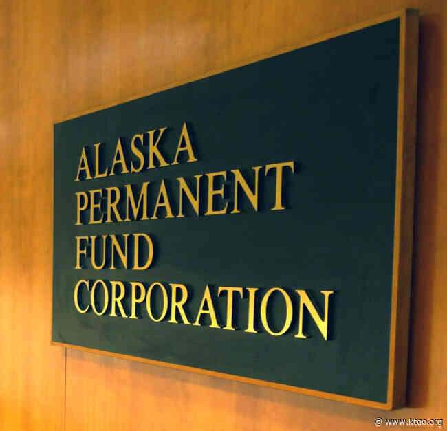 PFDs, state funding at risk if Alaska Permanent Fund earnings reserve falls to zero, board hears