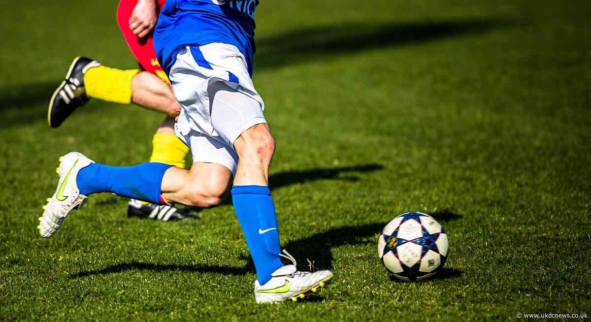 Ex England star wants Football Club wound up