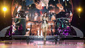 "Andrea Berg bei Tour-Auftakt in mehreren pikanten Outfits -""Einfach WOW"""