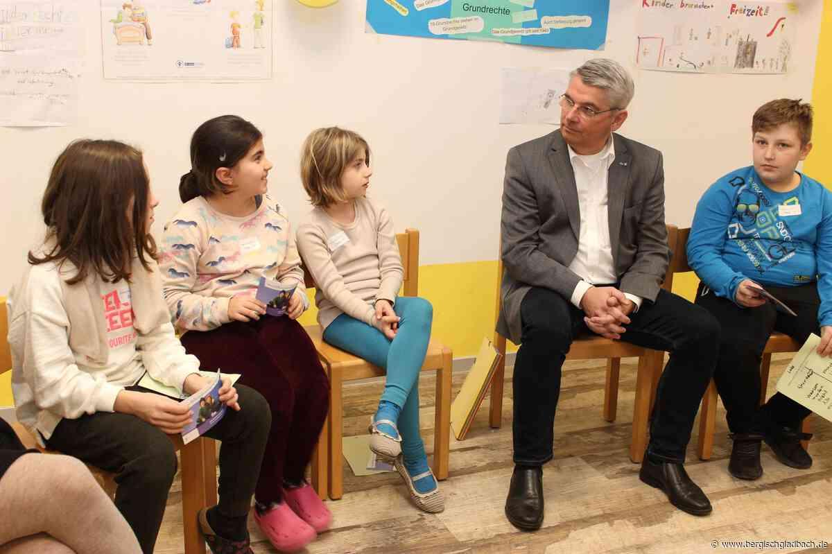 Bürgermeistersprechstunde in der OGS: Viele Fragen zu Kinderrechten
