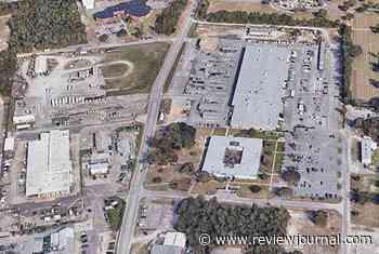 Active shooter killed at Pensacola Navy base, 10 to hospital