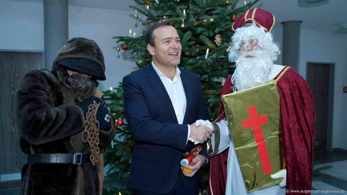Der Nikolaus besucht Landrat und Oberbürgermeister