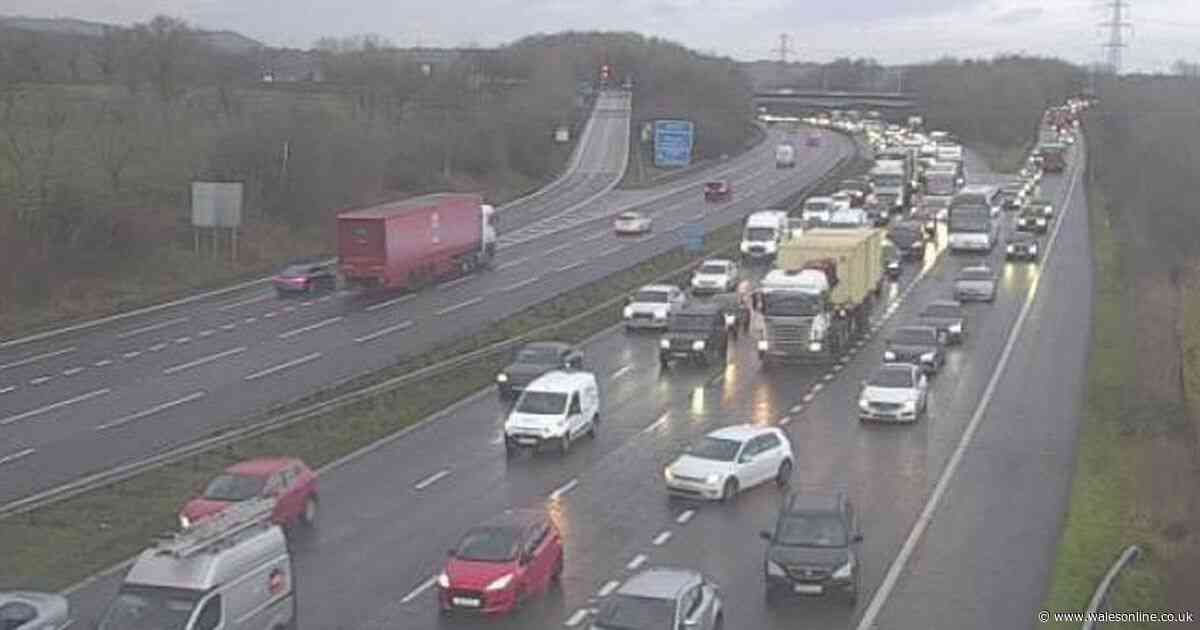 Crash on M4 caused long delays in Cardiff