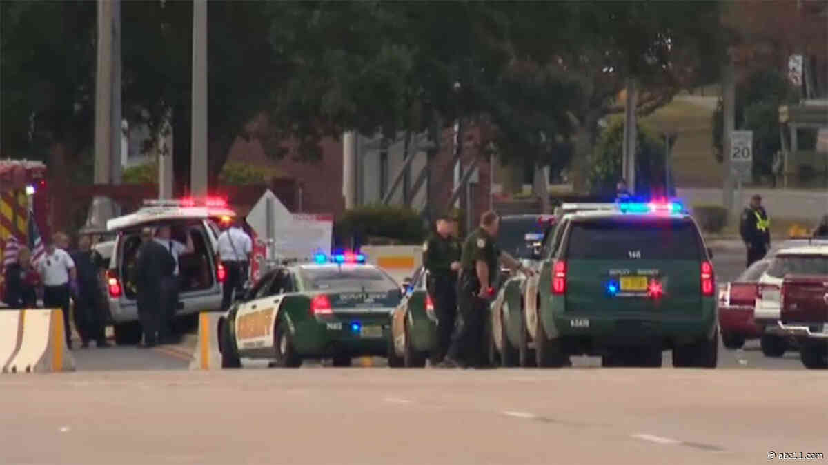 NAS Pensacola shooting suspect was Saudi student; at least 3 dead, 8 hurt; shooter killed, officials say