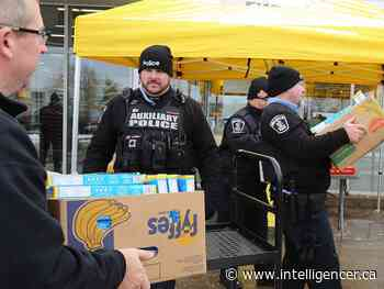 Cops cram the cruiser for Gleaners