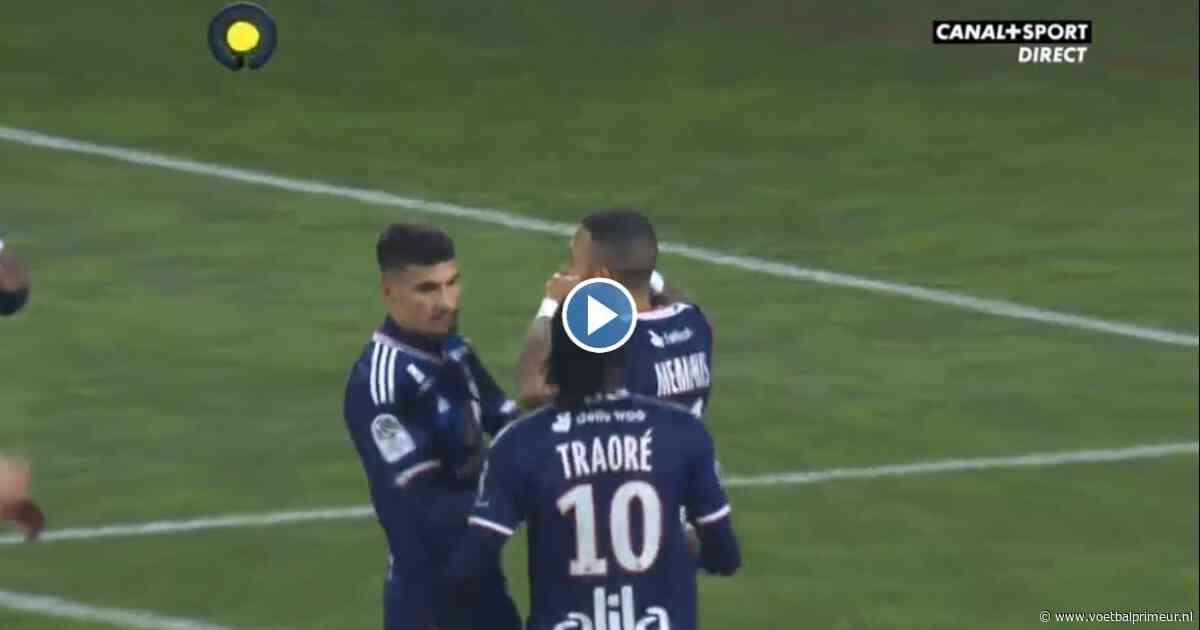 Memphis scoort met panenka voor Olympique Lyon: achtste goal van het seizoen