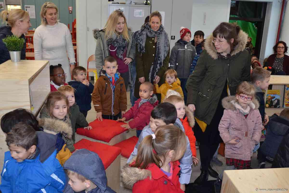 Basisschool Kouterbos opent nieuwe schoolbib