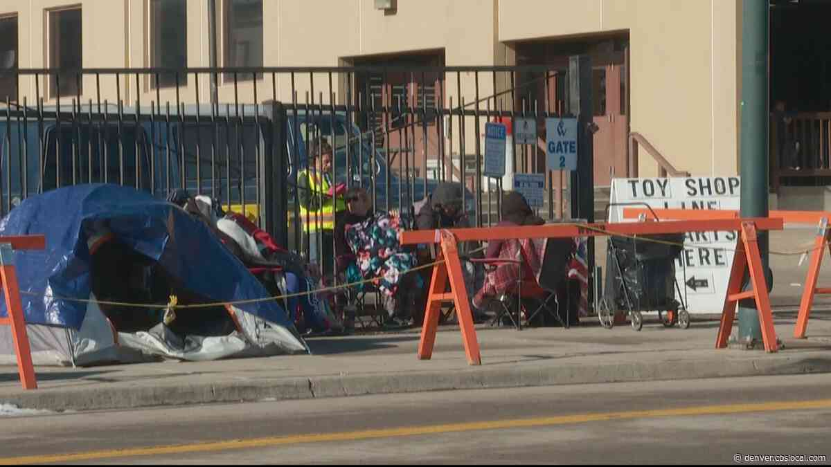 Parents Line Up And Camp Out For 'Kenzi's Causes Toy Shop'