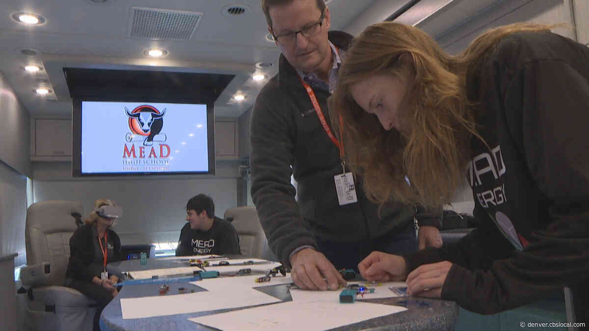 'Innovation Lab' Takes STEM Technology From School To School