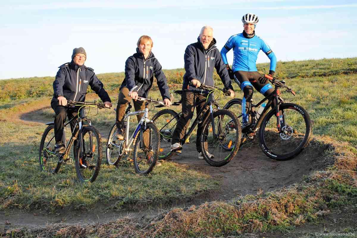 Extra hindernissen op veiliger mountainbikeparcours