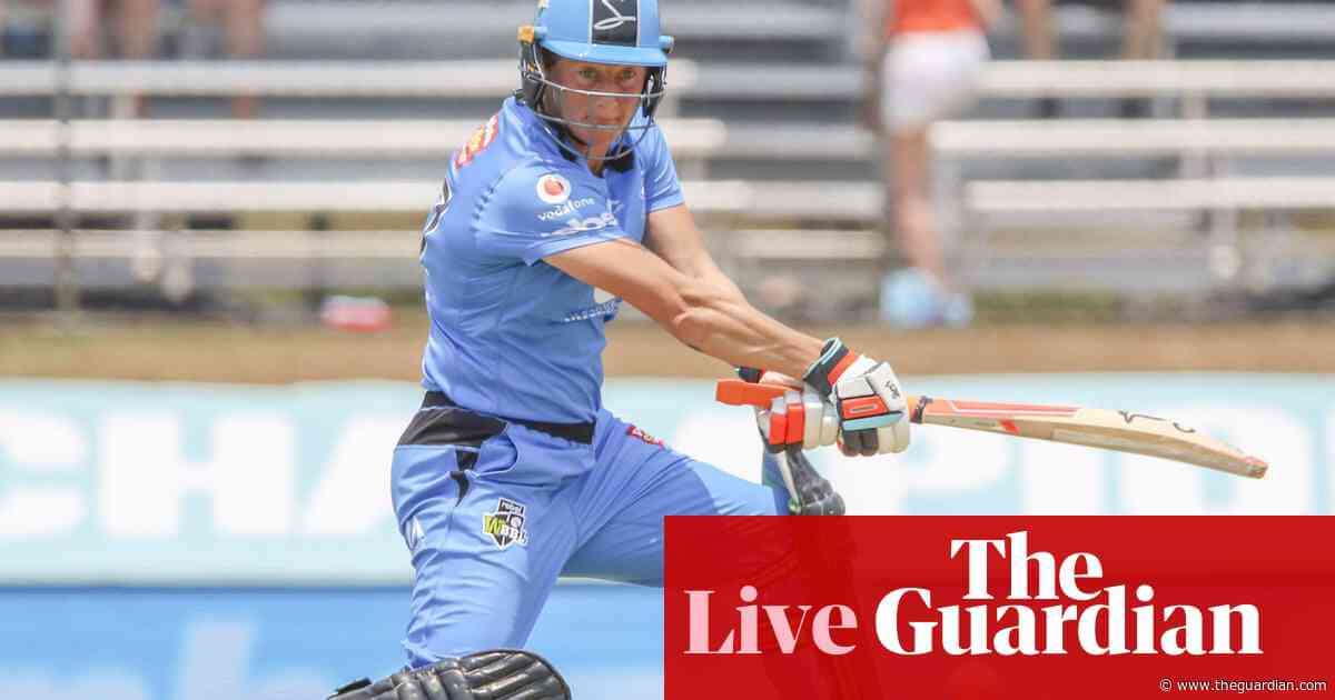 WBBL semi-final: Strikers too slick for Scorchers - as it happened