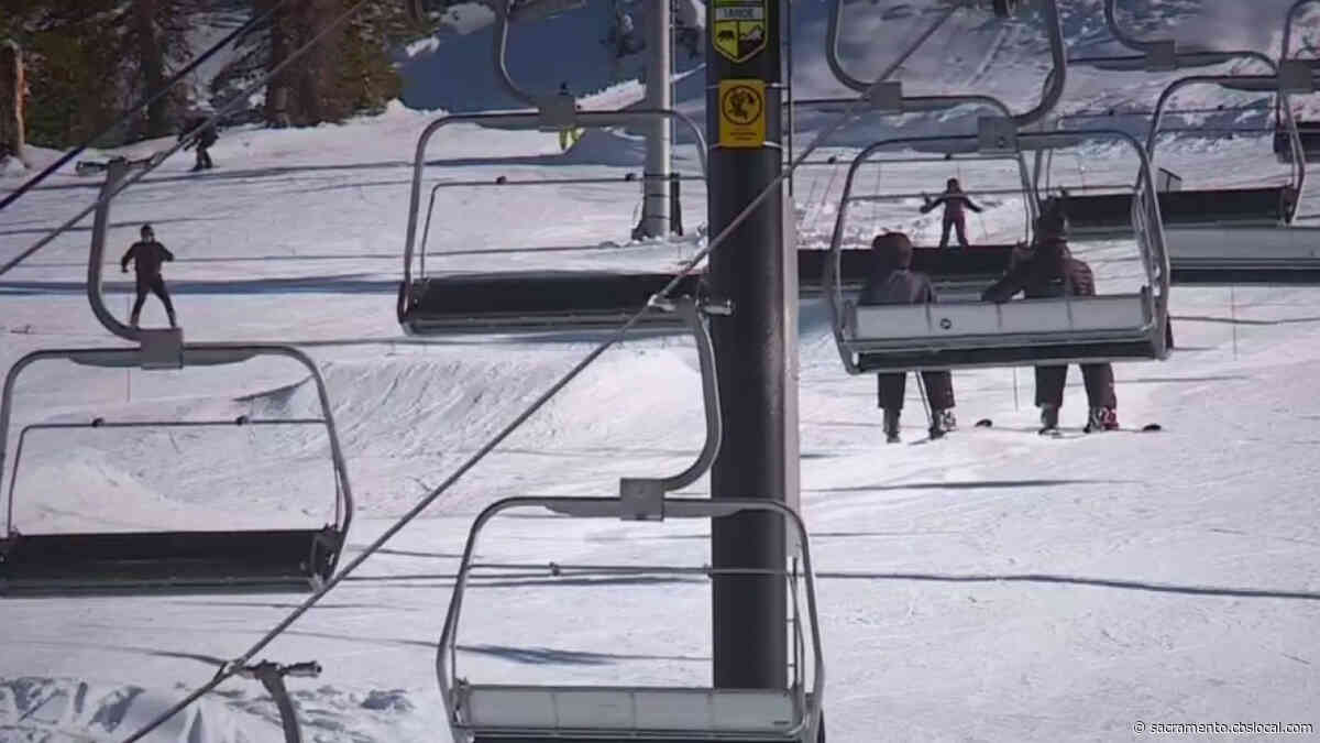 Snow Lovers Head To Sierra Early To Avoid Storm As Businesses Prep