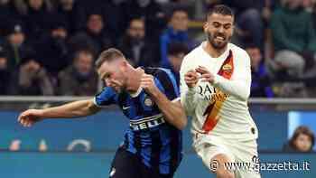 Moviola Inter-Roma: braccio di Spinazzola, Calvarese giudica bene