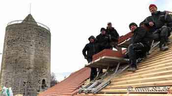 Camburg bekommt ein dichtes Dach