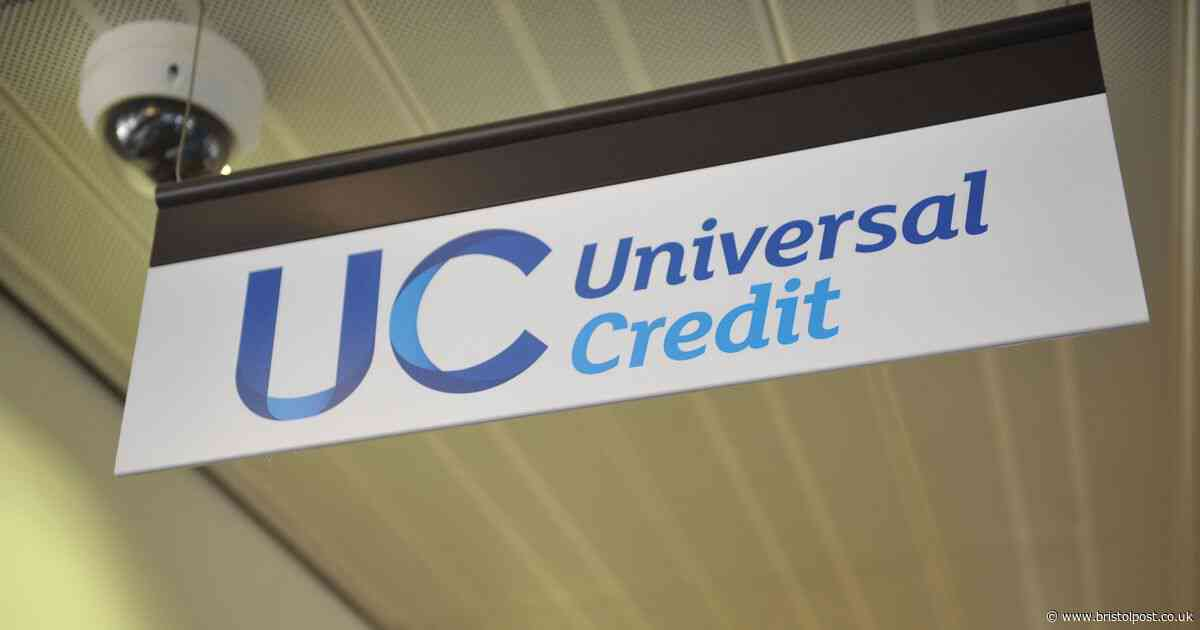 When do DWP pay Universal Credit over Christmas and New Year?