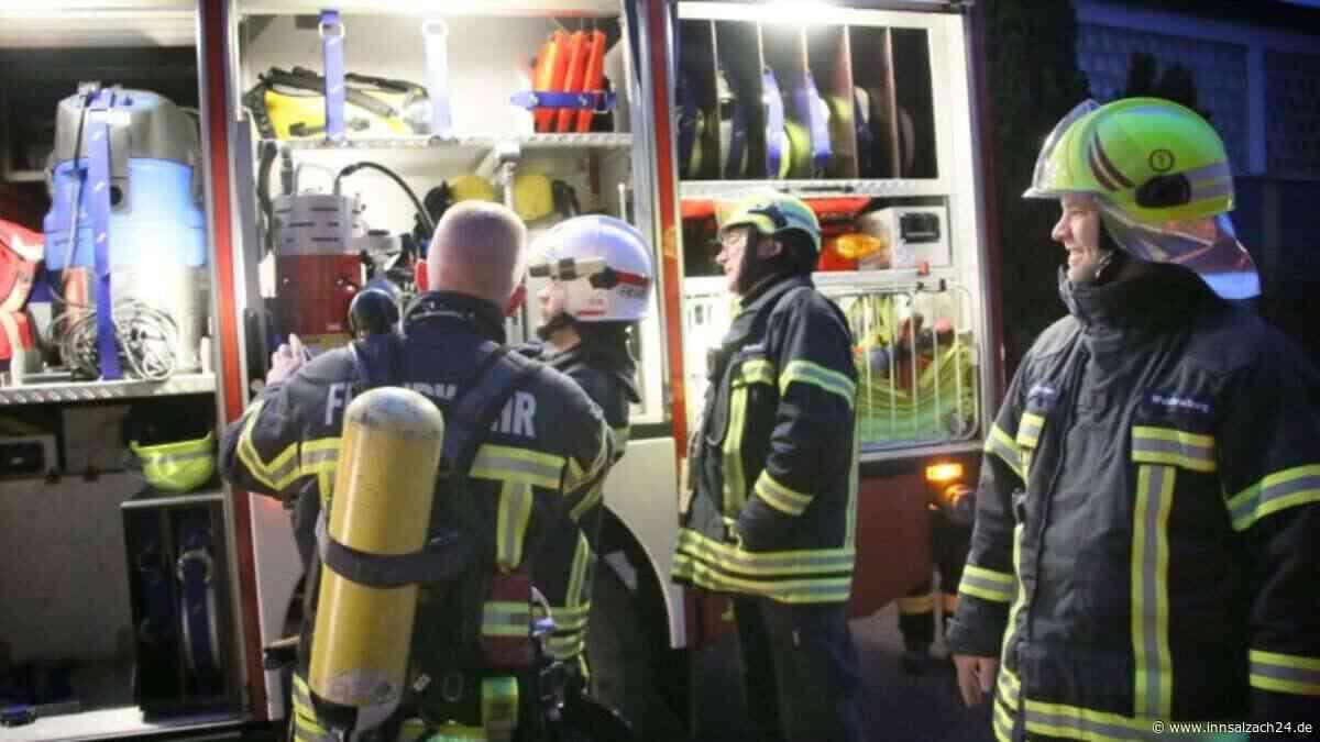 Angebranntes Essen löst Feuerwehreinsatz inErzgebirgsstraße aus