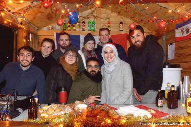 Weihnachtsmarkt auf den Senftenberger BTU-Campus