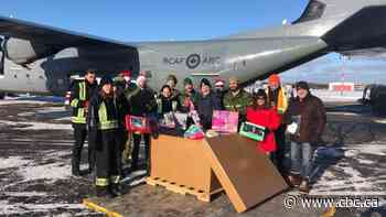 Military plane lands in Thunder Bay to deliver Toys for the North