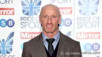 Former rugby star Gareth Thomas in tears as parents surprise him at awards show