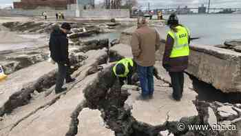 Michigan authorities confirm no 'elevated radiation' at Detroit River dock collapse site