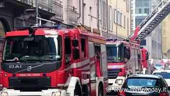 Non risponde al telefono ai familiari: pompieri salvano 88enne colto da malore in casa