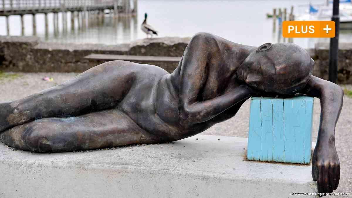 """Schondorfer Skulpturenweg: Darf die """"Liegende"""" am See bleiben?"""