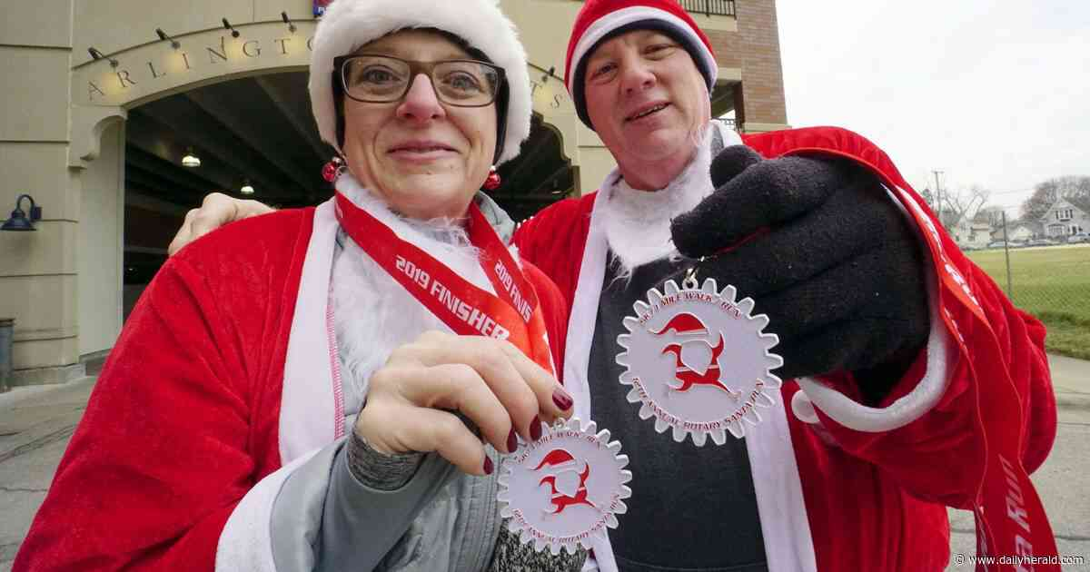 Veterans and newcomers converge for annual Santa Run in Arlington Heights