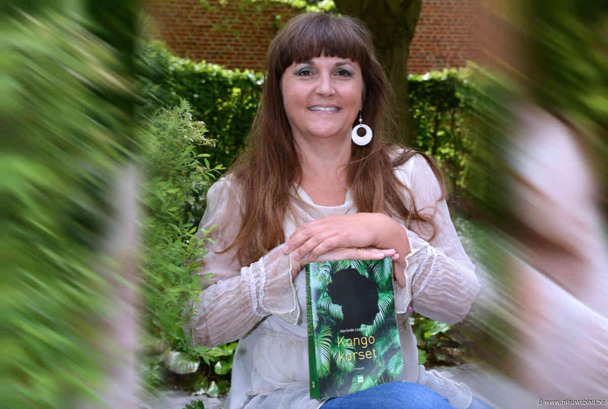 Auteur Herlinde Leyssens in de bib