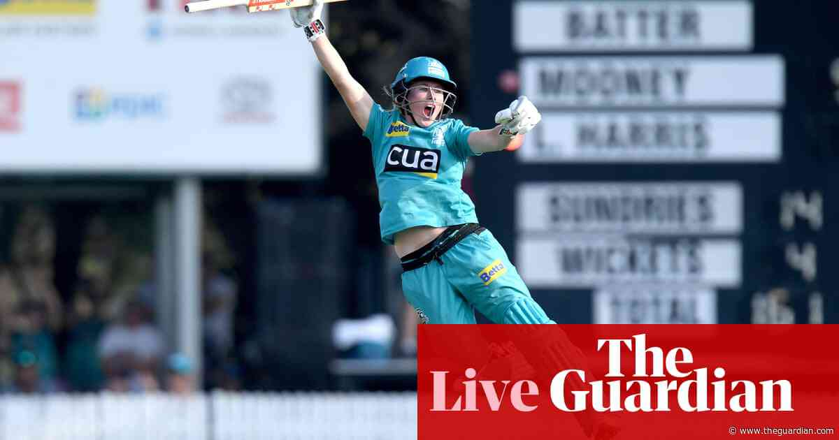 WBBL final: Brisbane Heat beat Adelaide Strikers to go back-to-back