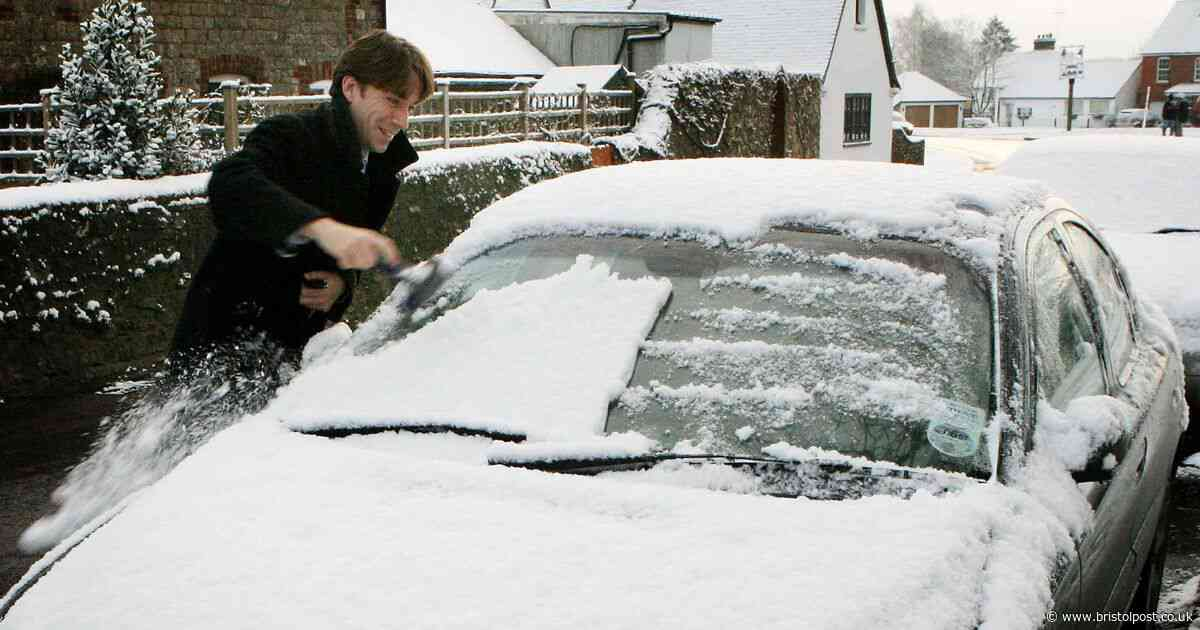 UK weather: Snow could fall after Storm Atiyah hits with 70mph winds