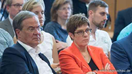 Debatte über SPD-Vorstoß: Laschet offen für höheren CO2-Preis