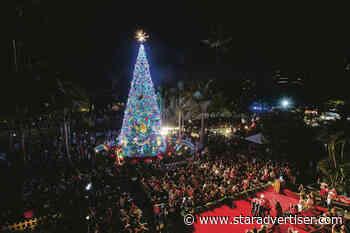 Hundreds enjoy relaxed opening night of Honolulu City Lights