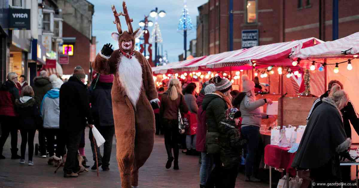 26 great pictures as 'lovely Christmassy feeling' hits Redcar - spot anyone you know?