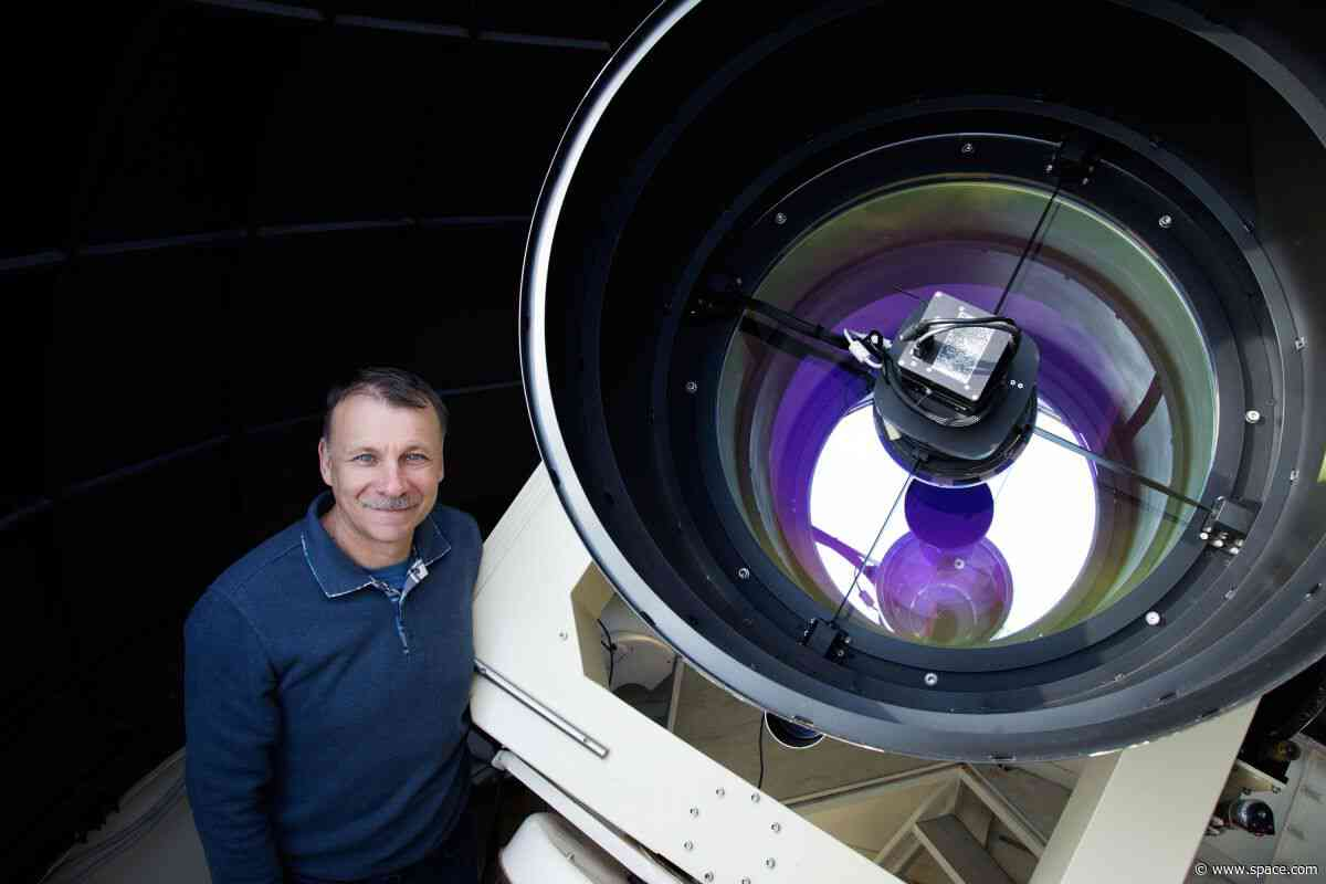 How to Find an Interstellar Comet: A Q&A with Discoverer Gennady Borisov