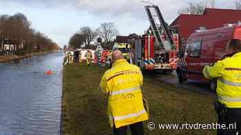 Auto te water in Bovensmilde, vrouw in kritieke toestand naar ziekenhuis (update)