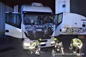 Truckchauffeur dreigt arm te verliezen na fout manoeuvre