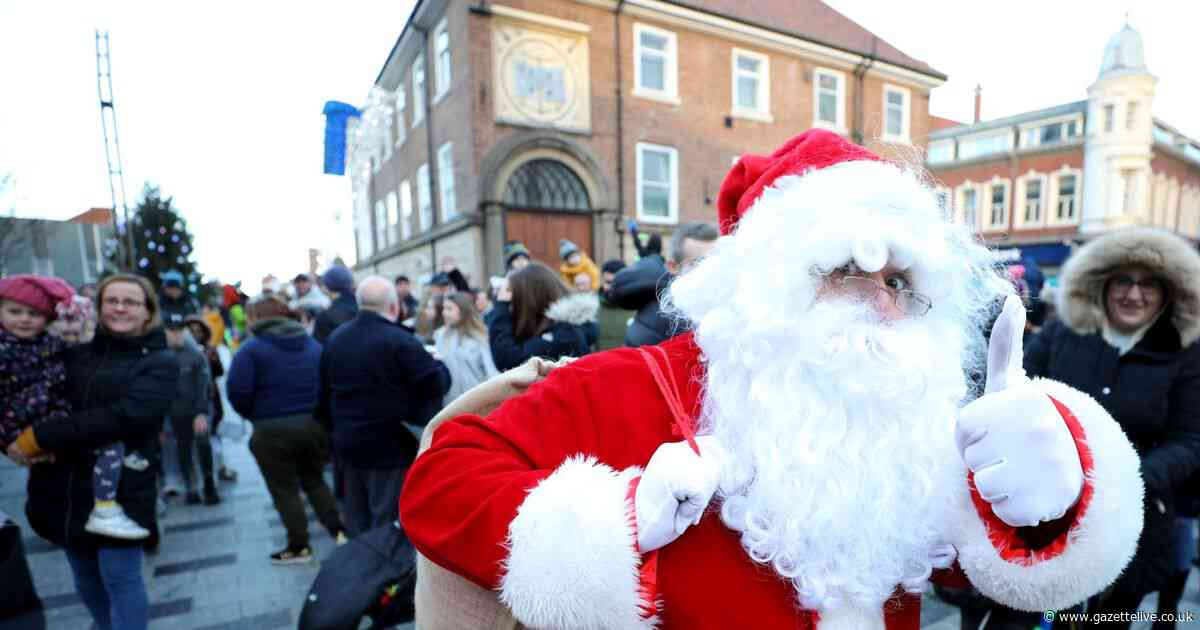 Pictures as crowds enjoy Stockton Reindeer Parade and Christmas market