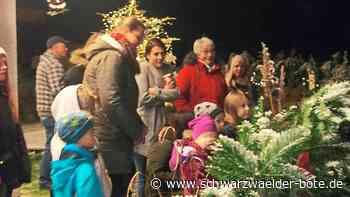 Calw: Ein Kofferraum voller Geschenke für Kinder